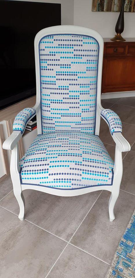 Chaise rénovée par un artisan tapissier de France