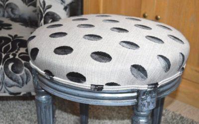 Lits, chaises, tabourets